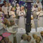 angel figurines detail